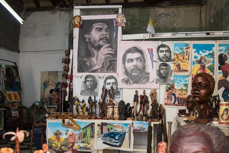 Cuba - Santiago - Boutique de souvenirs