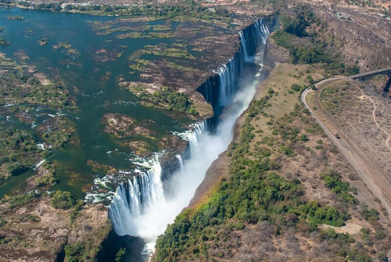 Afrique australe - Zambie, chutes Victoria vues du ciel
