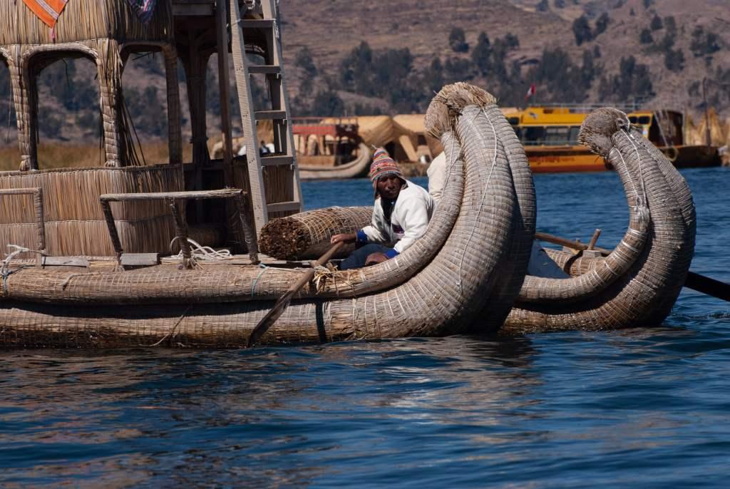 Pérou, lac Titicaca - Bateaux en Joncs (totoras)