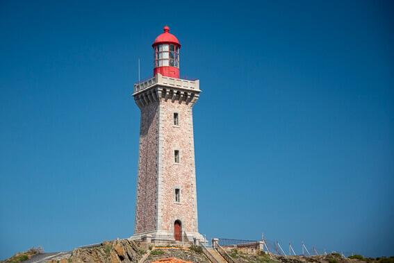 France - Côte Vermeille, le phare en marbre rose du Cap Béar