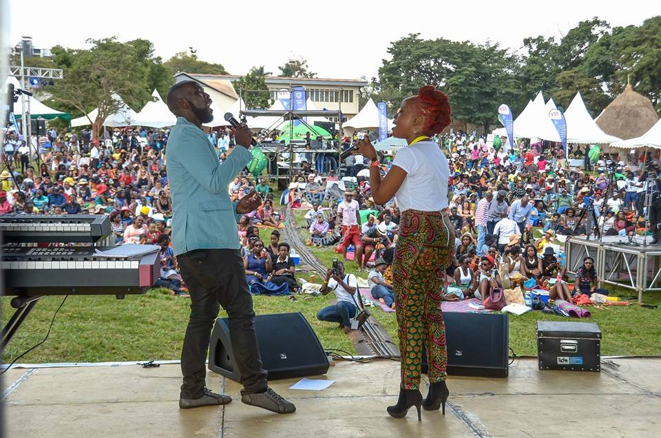 Blankets and Wine 10th Edition