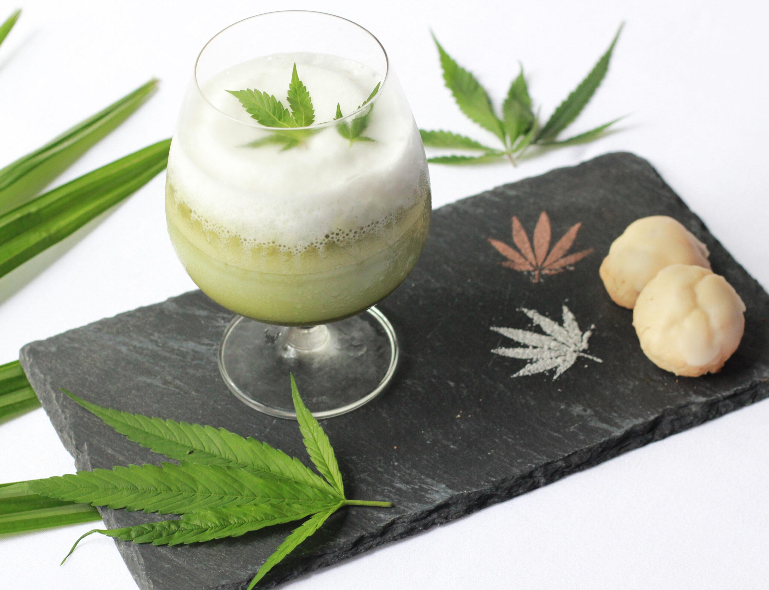 Genmicha Hazelnut Latte scaled Cozinha verde: restaurante tailandês cria menu com infusão de cannabis