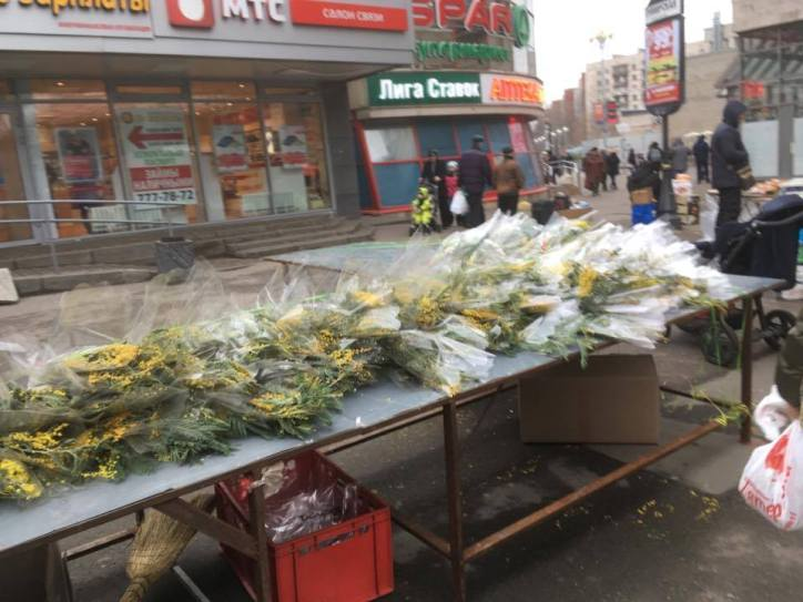 Several stalls selling flowers sprung up around Petersburg in preparation for the holiday