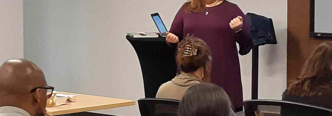 Me presenting at AFP-Quebec Chapter