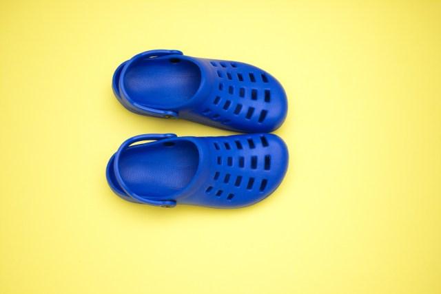 crocs business English image
