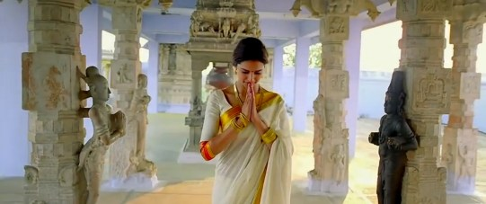 """Vanakkam"" Tamil Namaste! (Chennai Express Movie) Photo: T-series"
