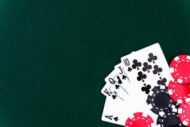 O que significa o naipe de cartas de Paus?