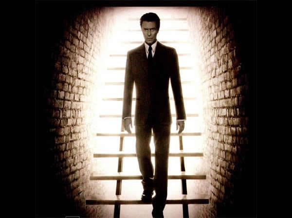 Bowie heathen 2002