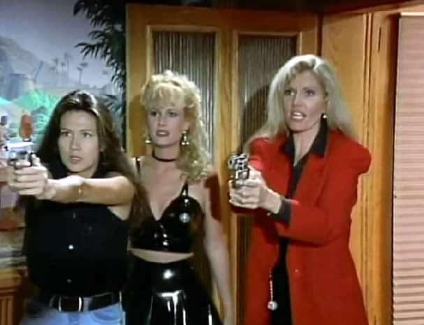 Lana Clarkson dans Vice Girls