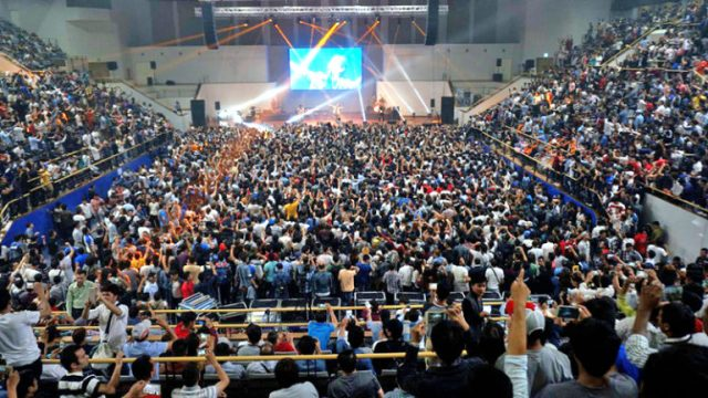 Crowd enjoying Nepathya live in Concert at RBS Arena in Seoul, South Korea, on Thursday, September 15, 2016. Courtesy: Nepalaya