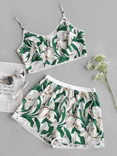 Zaful Flower Cami Crop Top and Shorts Set