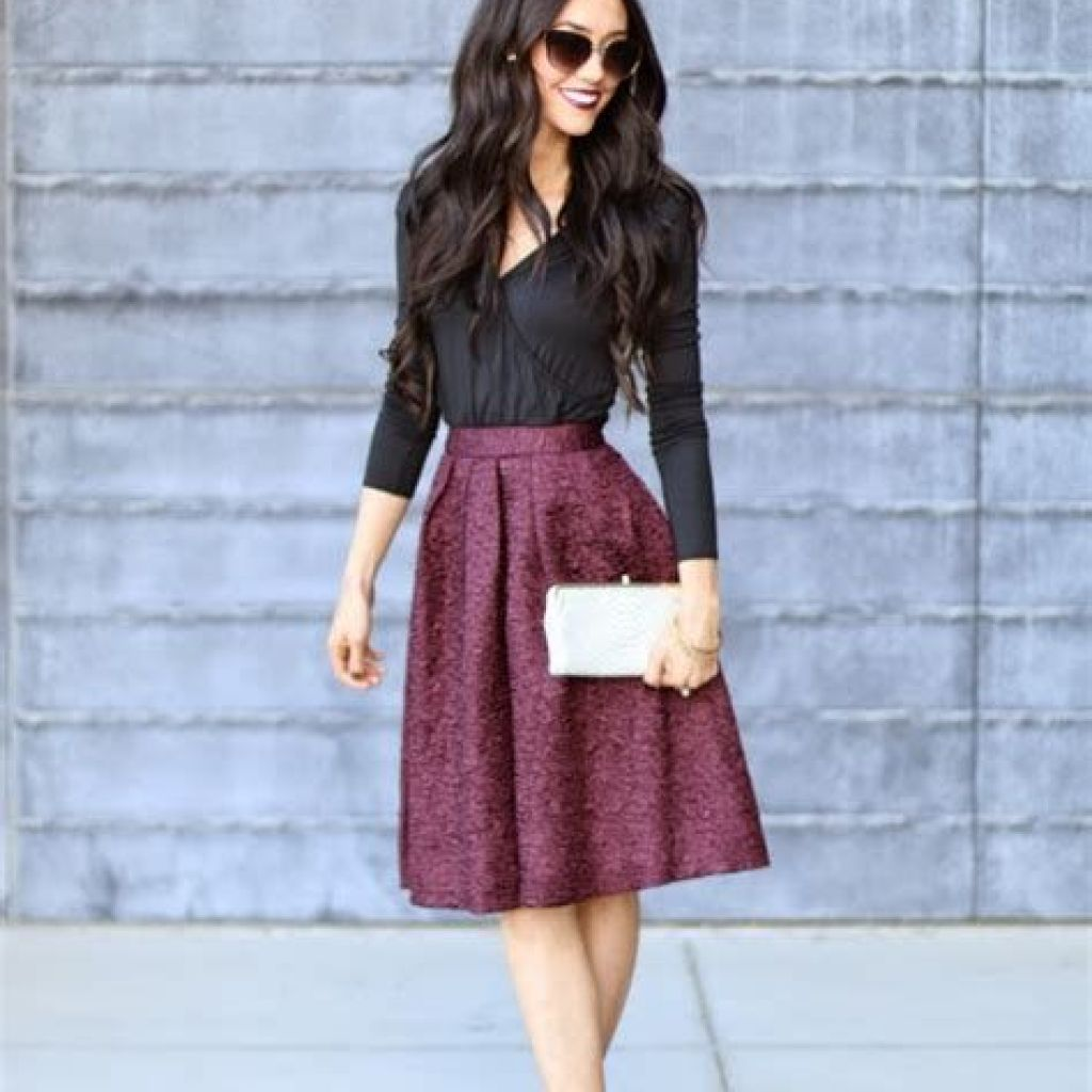 Adorable Fall Wedding Guest Outfits Ideas 30