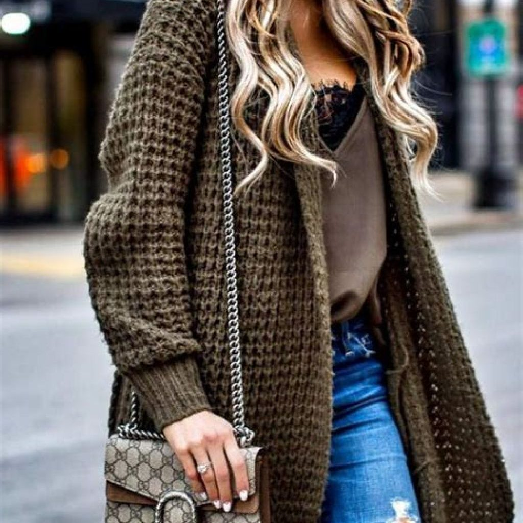 Adorable Sweater Style Ideas For Your Fall Season 05