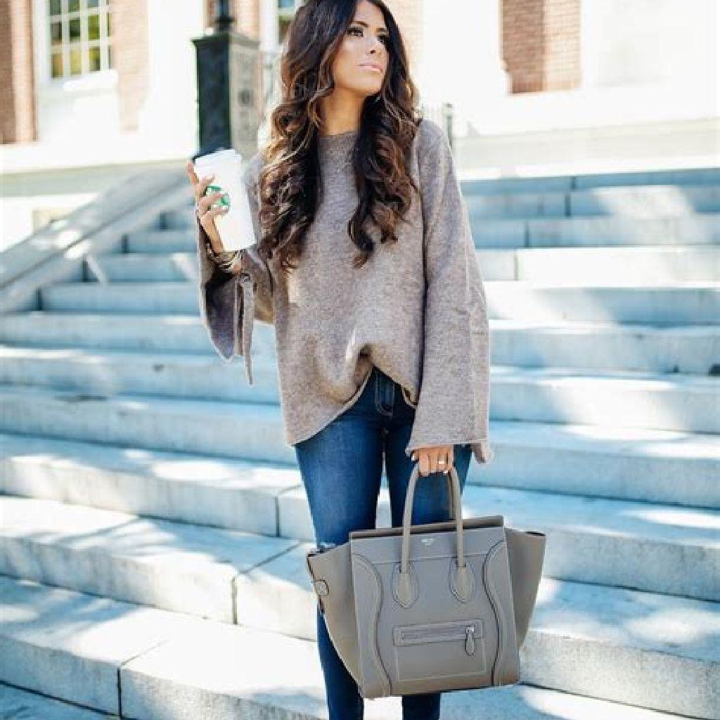 Chic Sweater Combination Ideas Suitable For Fall And Winter 18