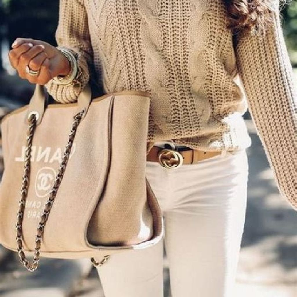 Chic Sweater Combination Ideas Suitable For Fall And Winter 25