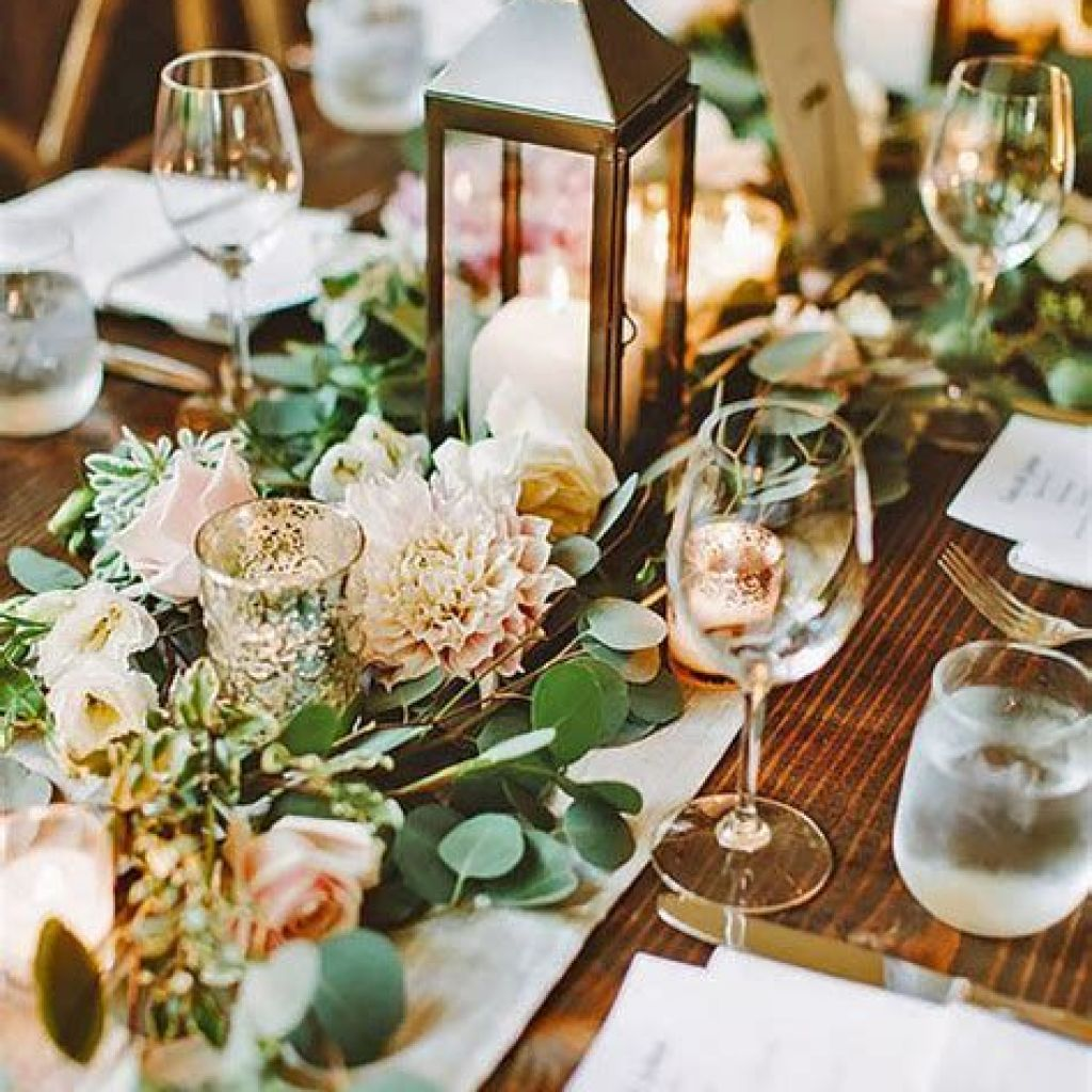 Perfect Country Wedding Decoration Ideas 32