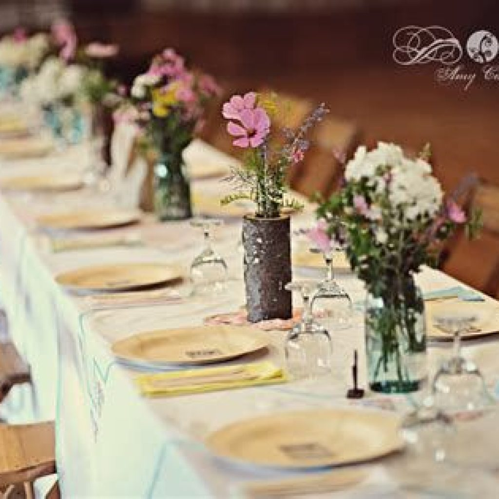 Perfect Country Wedding Decoration Ideas 38