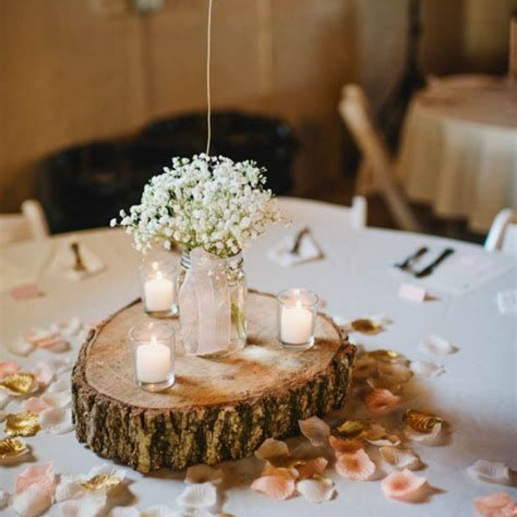Romantic Rustic Wedding Decor Ideas 24