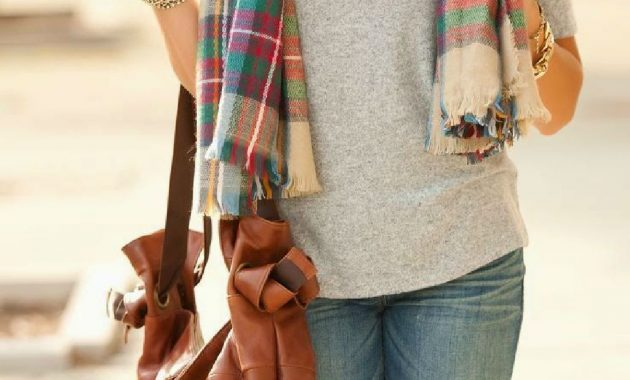 Stunning Fall Outfits Ideas With Scarves 46