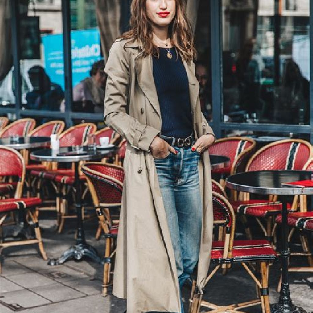 Stunning Fall Street Style Outfits Ideas For Women To Upgrade Your Look 07