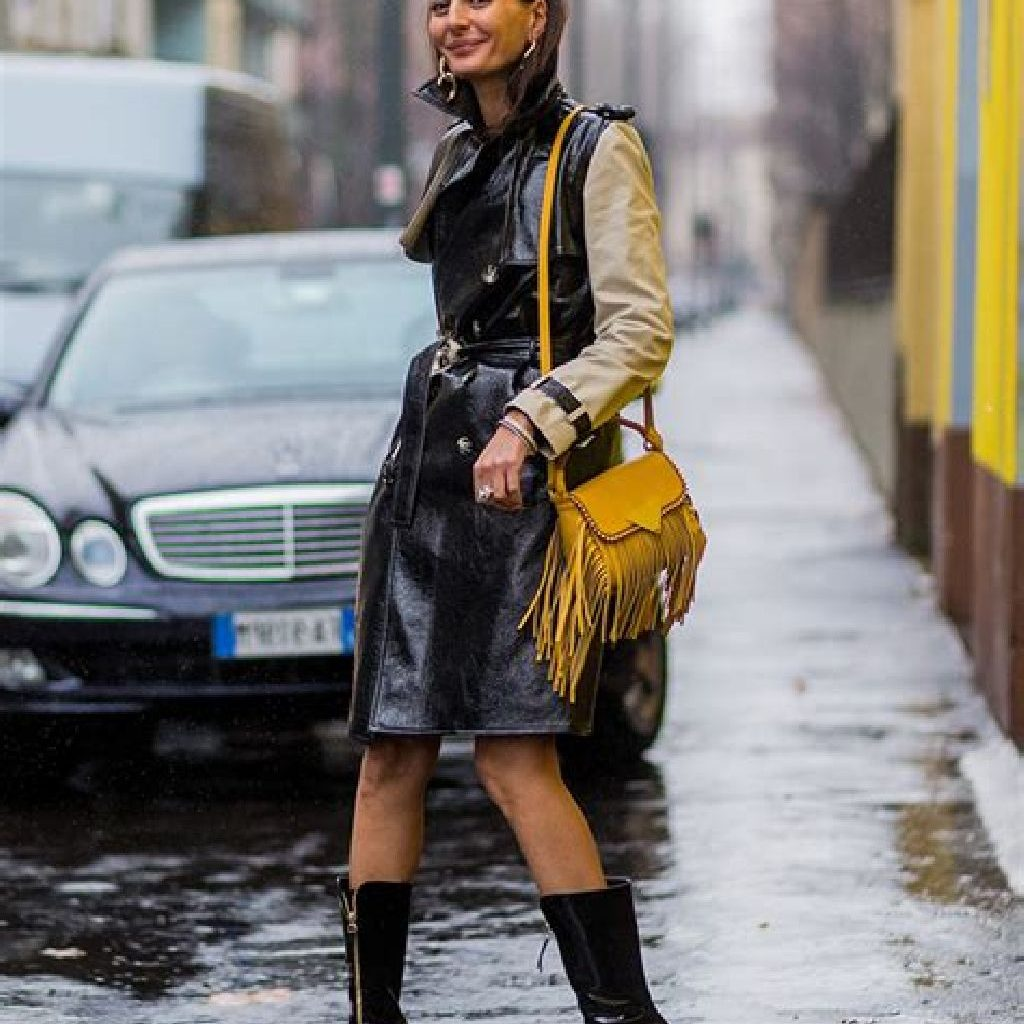 Stunning Fall Street Style Outfits Ideas For Women To Upgrade Your Look 13