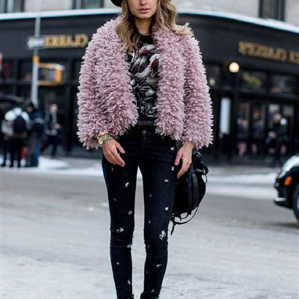 Stunning Fall Street Style Outfits Ideas For Women To Upgrade Your Look 33