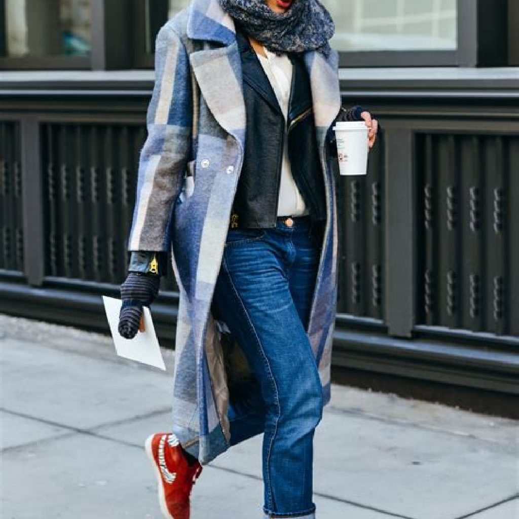Stunning Fall Street Style Outfits Ideas For Women To Upgrade Your Look 44
