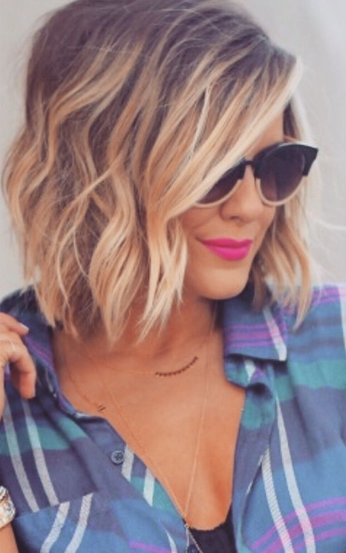10 Two Tone Hair Colour Ideas To 'Dye For'! Popular Haircuts Medium Length Two Tone Hair Color Short Hairstyles