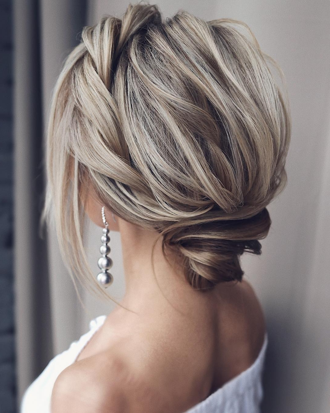 10 Updos For Medium Length Hair Prom & Homecoming Medium Hairstyles For Homecoming