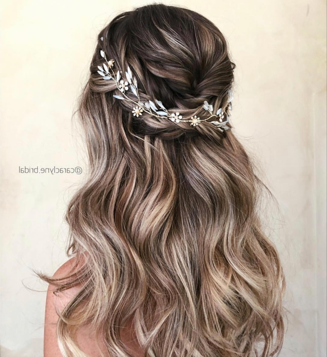 22 Half Up Wedding Hairstyles For 2020 ~ Kiss The Bride Magazine Medium Length Half Up Wedding Hairstyles
