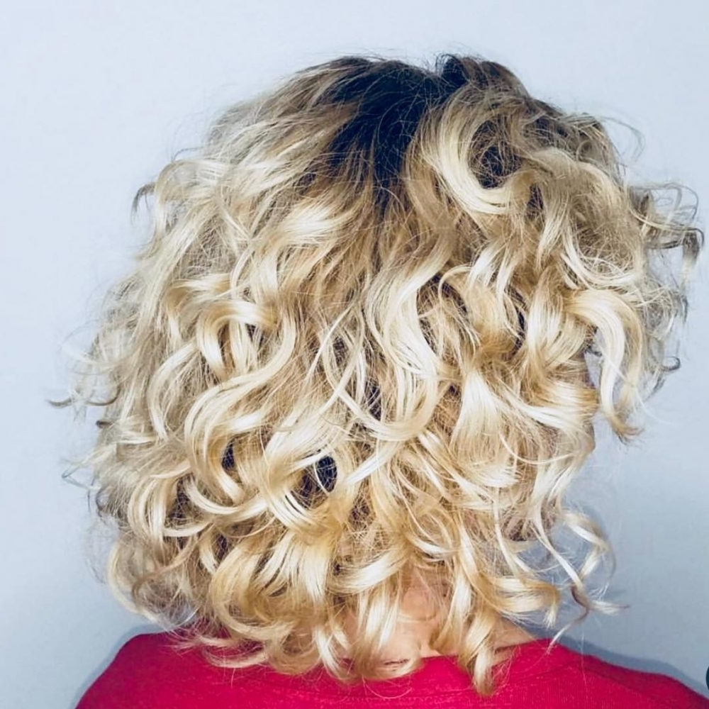 25 Best Shoulder Length Curly Hair Cuts & Styles In 2021 Layered Medium Curly Bob Hairstyles