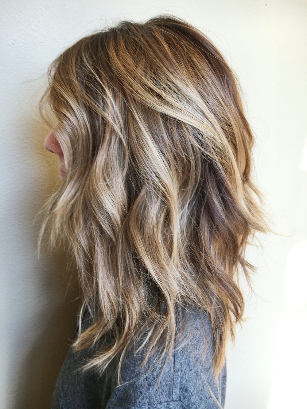 40 Amazing Medium Length Hairstyles & Shoulder Length Medium Hairstyles With Bangs And Highlights