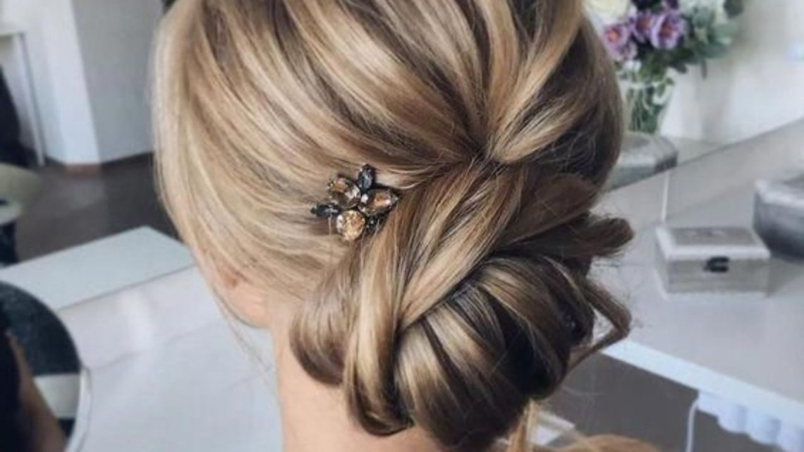 50 Unforgettable Mother Of The Bride Hairstyles Easy 30+ Adorable Medium Length Hair Hairstyles With Fascinators