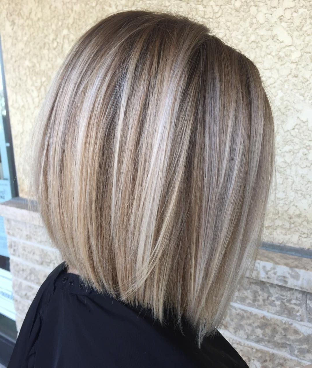 60 Medium Length Haircuts And Hairstyles To Pull Off In 2020 10+ Stylish Medium Hairstyles With Bangs And Highlights