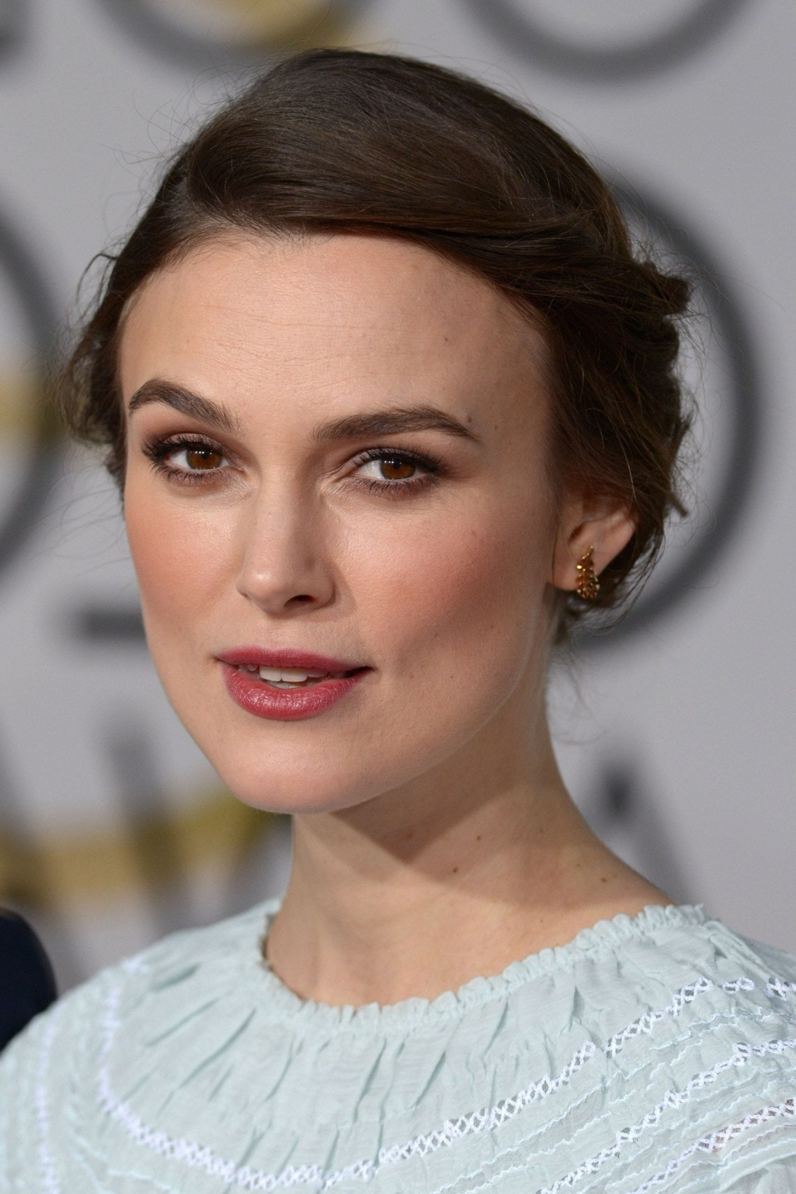 Keira Knightley Hair And Hairstyles On Red Carpet   British 30+ Adorable Keira Knightley Medium Hairstyles