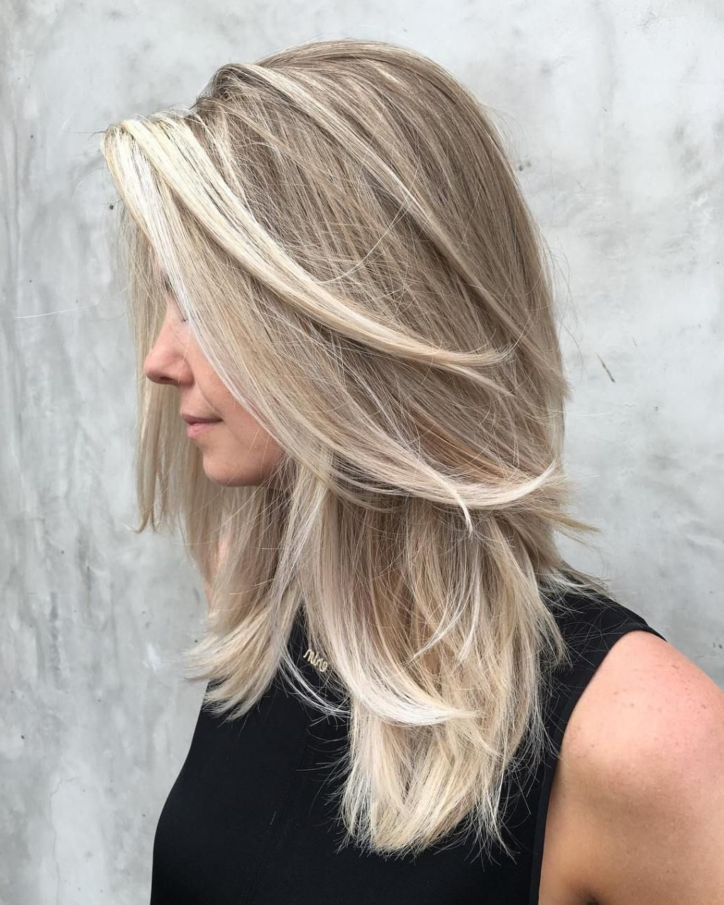 Medium Ash Blonde Balayage Hairstyle | Hair Styles, Long Medium Length Blonde Hairstyles Straight