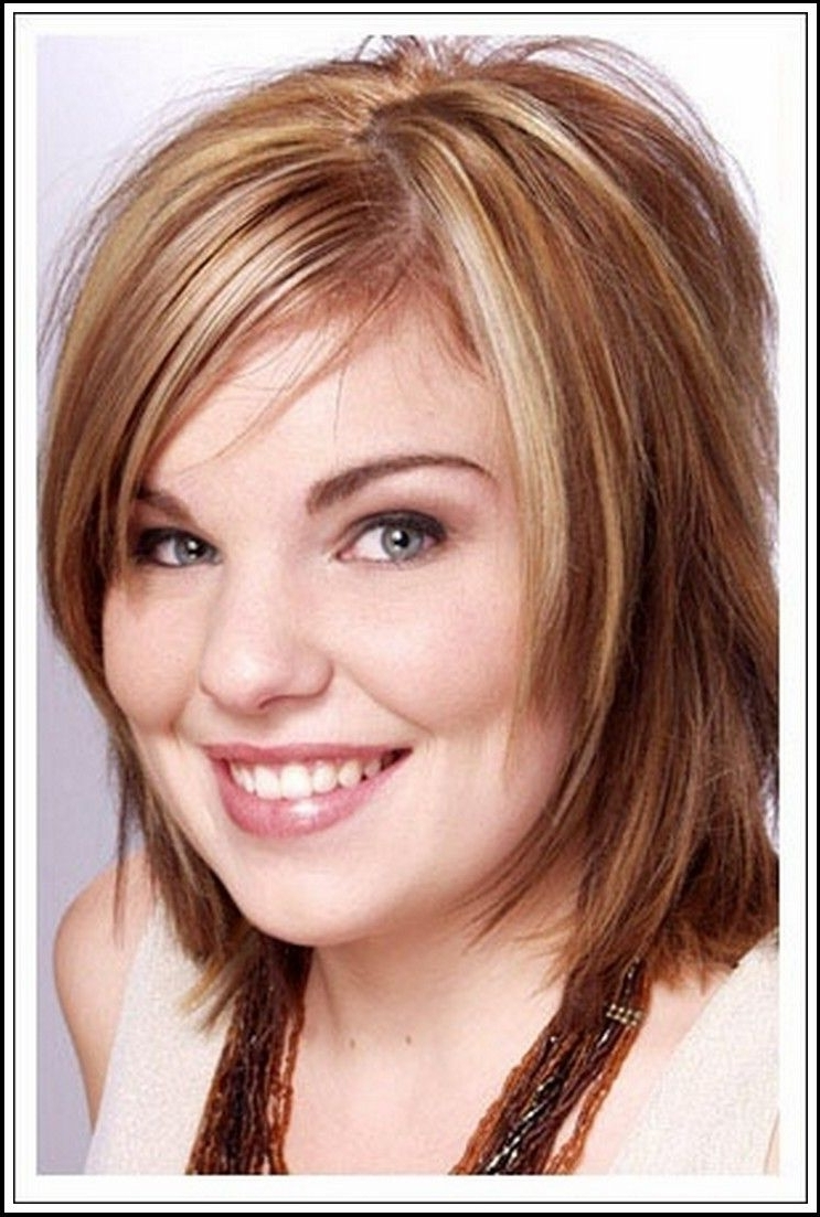 Pin On Hair N Make Up Medium Length Plus Size Hairstyles Double Chin