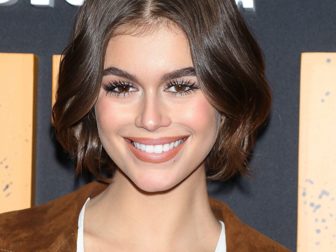 The 50 Best Short Hairstyles For Thick Hair Hairstyles Thick Coarse Hair Medium Length