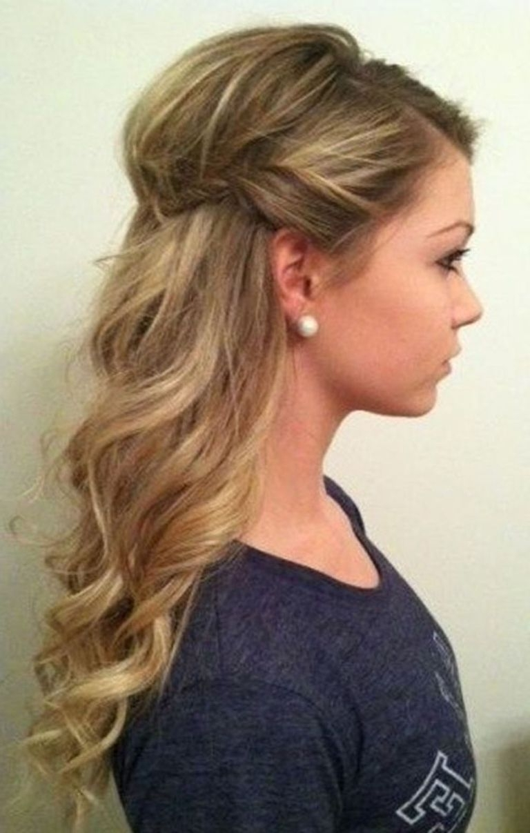 These Are The 5 Most Popular Christmas Party Hairstyles On 10+ Stylish Christmas Party Hairstyles For Medium Hair