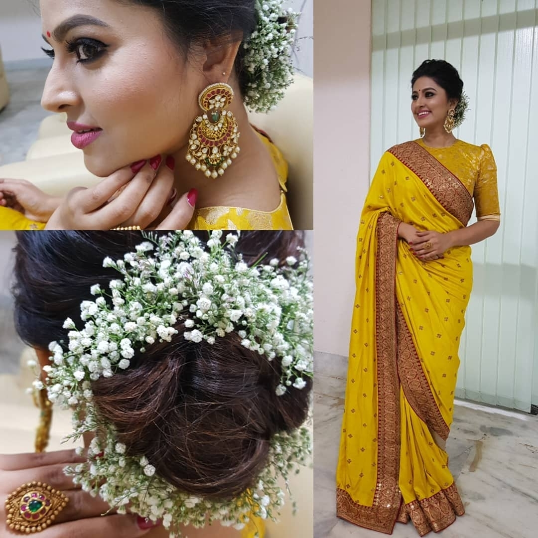 This Is The Most Favourite Hairstyle To Wear With Saree Even 10+ Stunning Hairstyle On Saree For Medium Hair