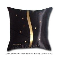 Gold is within you - Throw pillow cm 40x40