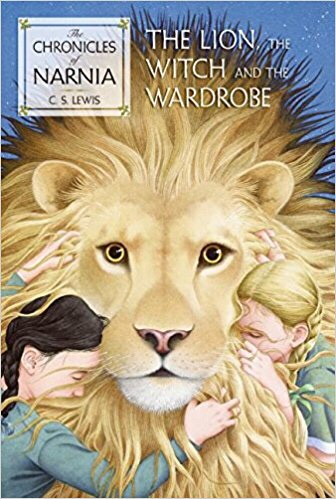 Wholesome books for your 8-10 year-old girl: check out book recommendations for your little girl that are age-appropriate! See my list of recommendations at gloriousmomblog.com including The Lion, the Witch, and the Wardrobe.
