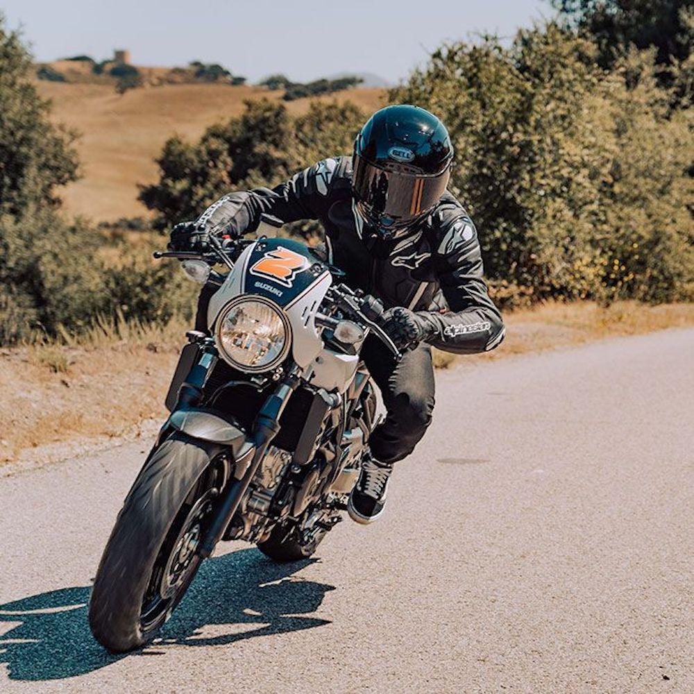 """Street Helmet """"STAR MIPS DLX"""" By Bell Helmets - GLORIOUS MOTORCYCLES"""