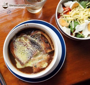 Recipe For French Onion Soup With Browned Garlic