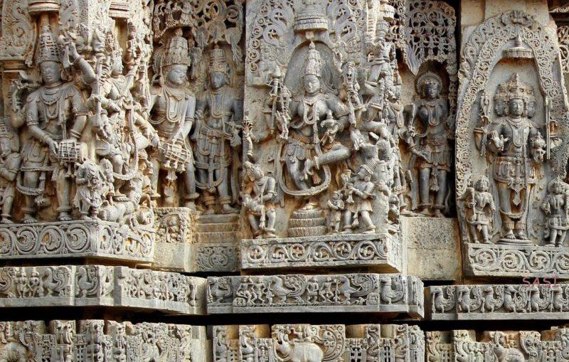 Belur temple intricate carvings