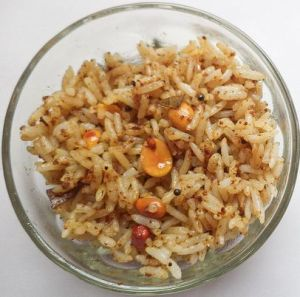 Puli sadam recipe (Pulihara aka tamarind rice) is a delicious tangy rice made in most South Indian homes traditionally. Try it with any leftover rice and you will start making this more often ;)
