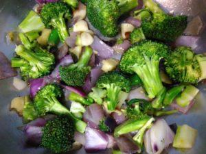 Broccoli and green peas vegetarian soup