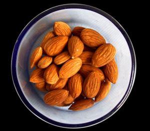 Indulge in this sugar free badam halwa to satisfy your sweet tooth the guilt-free way. Sugar free almond pudding recipe.