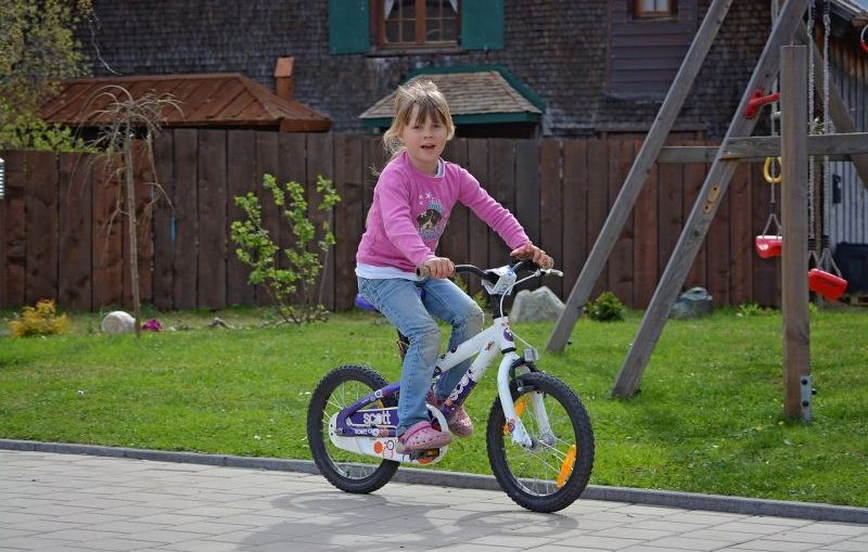 Tips to teach your child to ride a bike