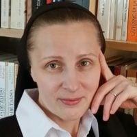 Lidia Wrona CM